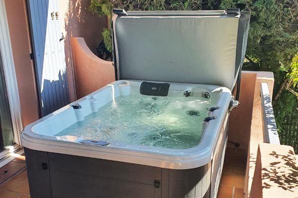 Votre spa 3 places à Marignane